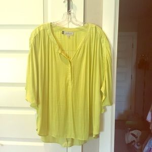 Very soft citrus loose top